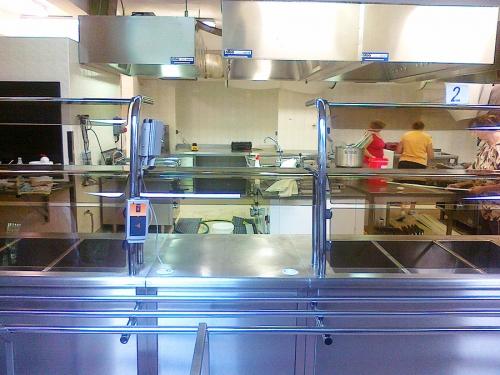 kuchyne-sps-strojni.jpg